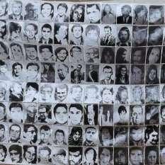 20081231144256-foto-para-nopta-dos-sobre-detenidos-desaparecidos.jpg