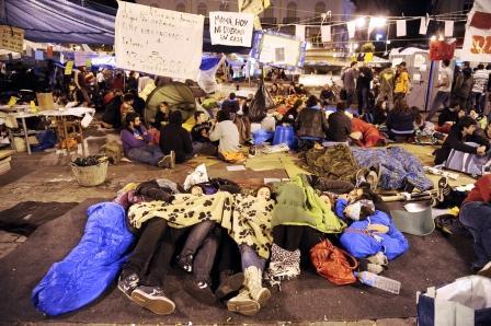20110524204700-protestas-espana-1.jpg