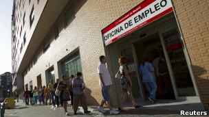 20120731203701-120727085311-espana-desempleo-304x171-reuters.jpg
