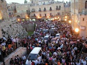 20121124033635-gaza-withdrawal-israeli-demo-against.jpg
