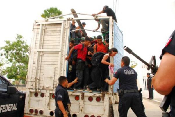 20151114175243-menos-inmigrantes-mexicanos-estados-unidos-458x306.jpg