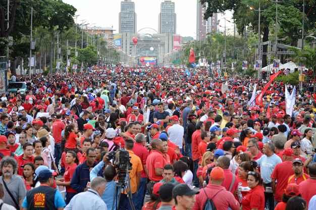 20151205225120-chavismo-campaa.jpg